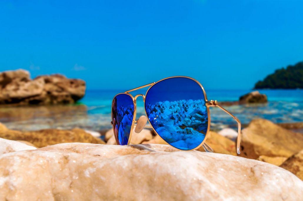 862c3ba5b8 Tendencias gafas de sol 2019, Colección Emporio Sport